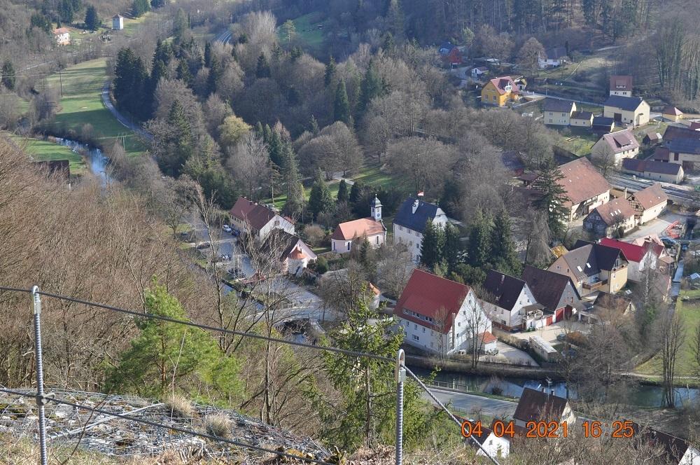 Jakobuskirche und Schloss an Ostern 2021